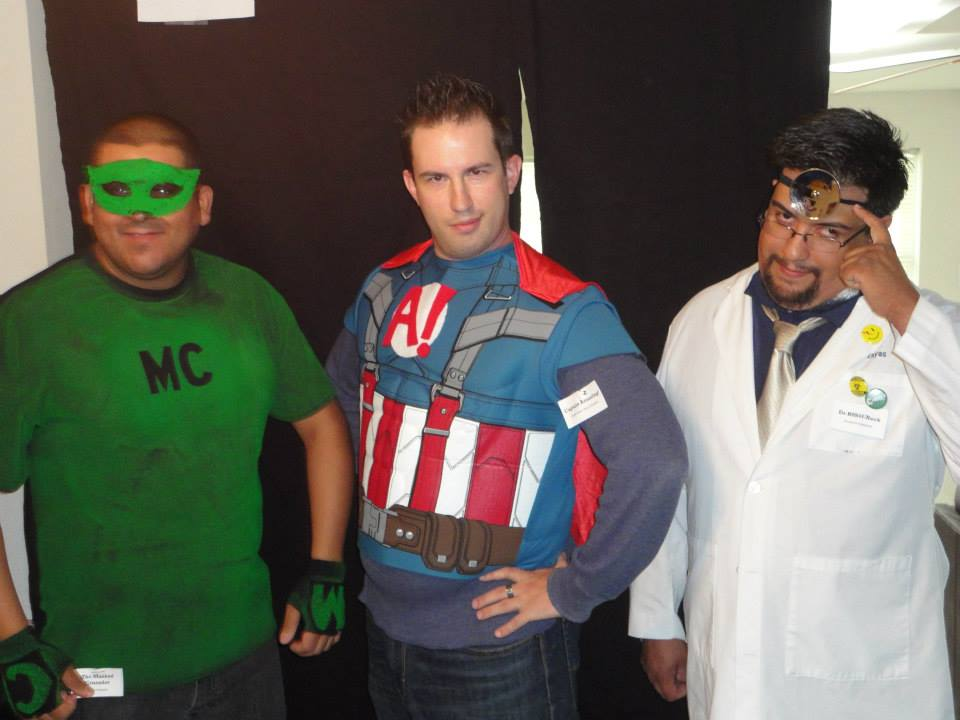 A Heroic Death – The Masked Crusader, Captain Amazing! and Dr Robot-Neck  – Mike Munoz
